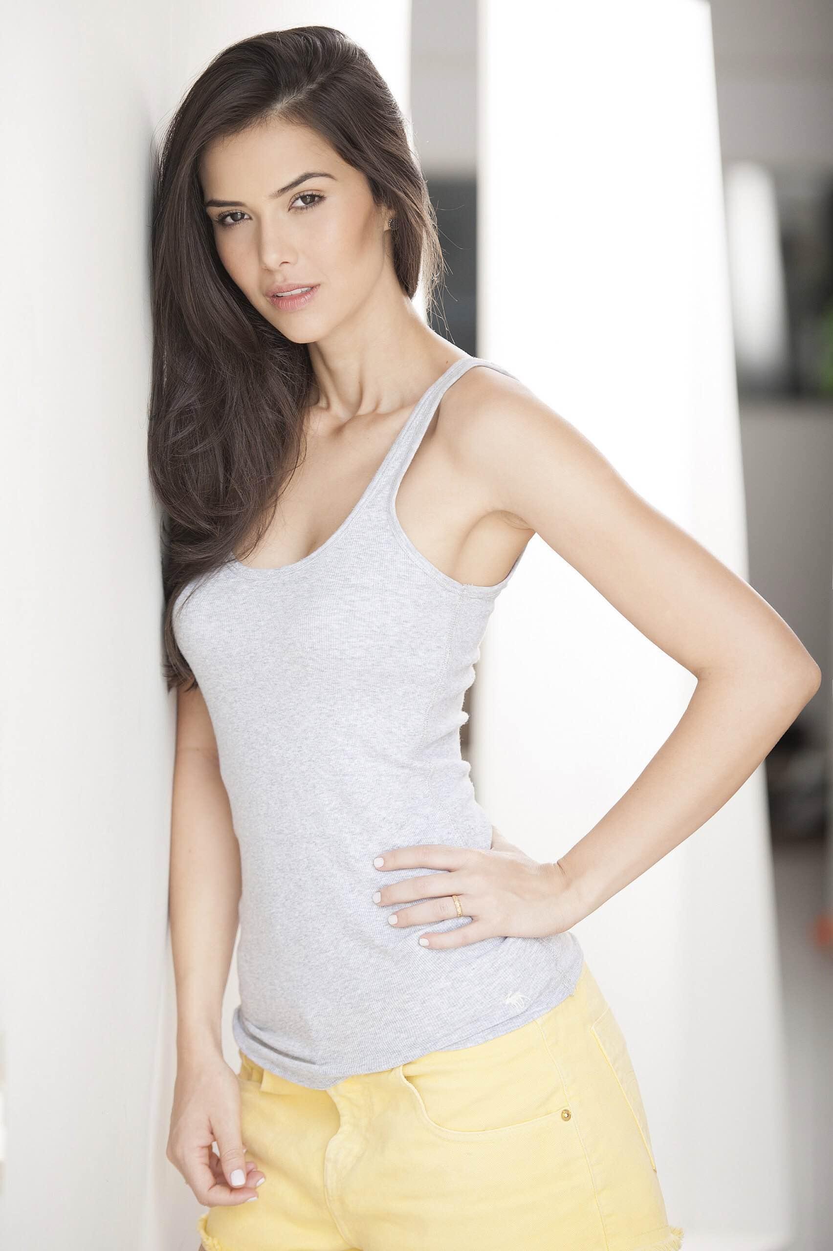 camila brant, miss brasil earth 2012. I65xc8if