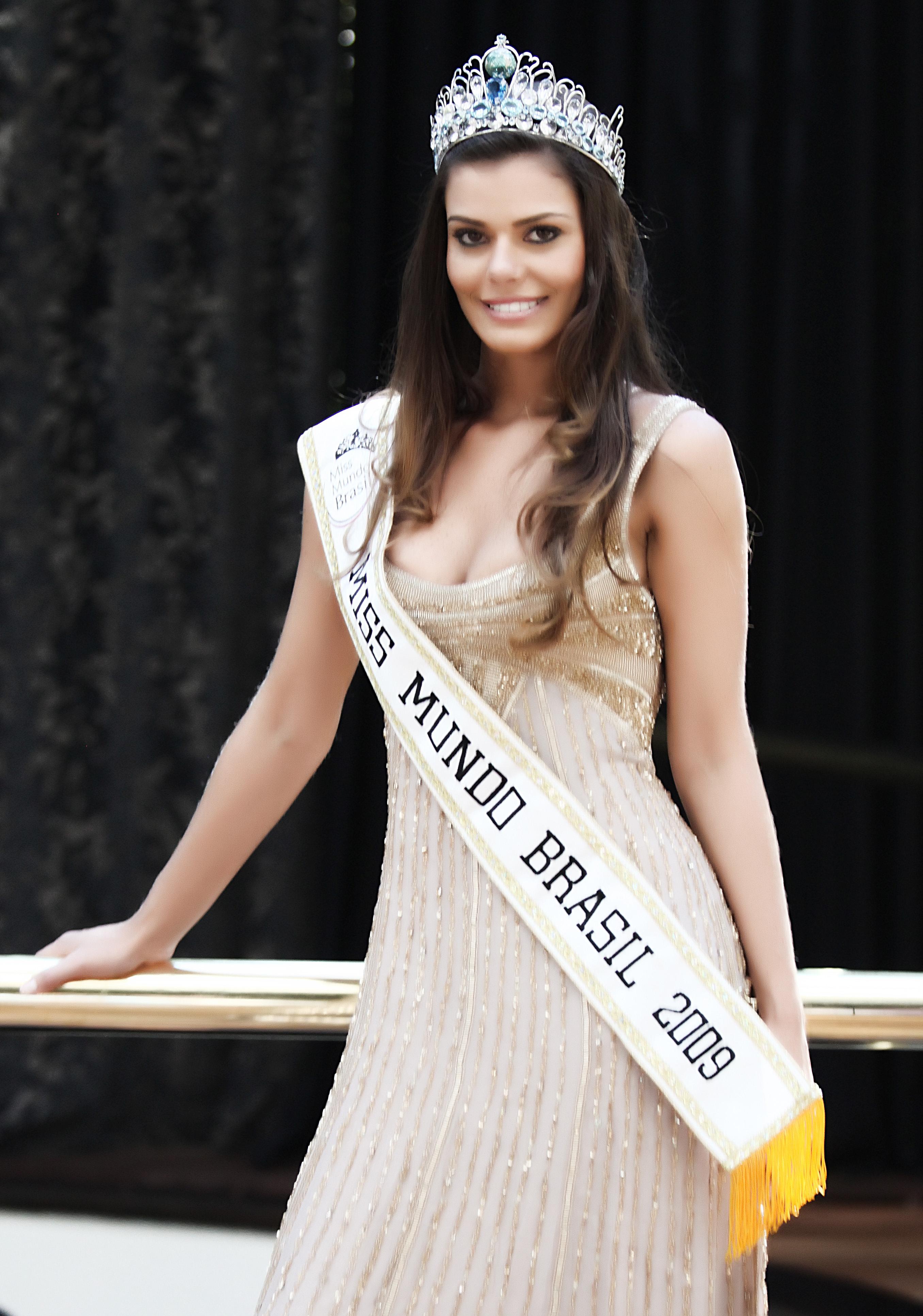 miss mundo brasil 2009, luciana bertolini.  7s5yesa2