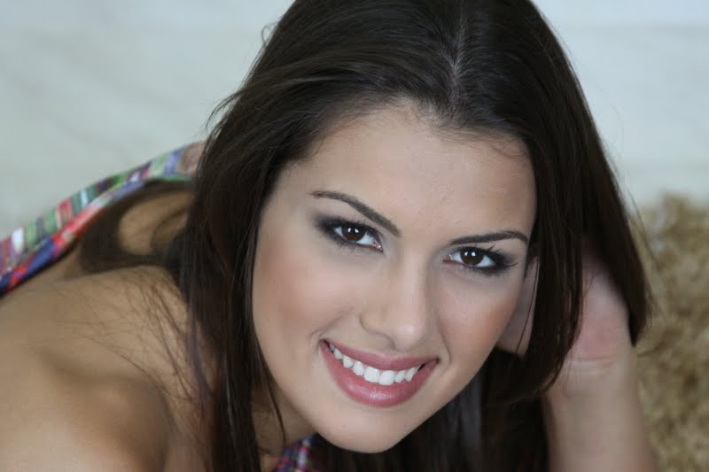 rafaela butareli, miss brasil internacional 2012. - Página 3 N7nwx8jk
