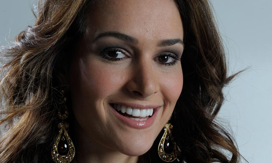 priscila machado, miss brasil 2011. - Página 2 E693hnfi