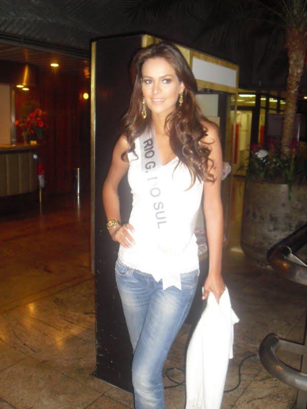 priscila machado, miss brasil 2011. - Página 2 Lbcb642o