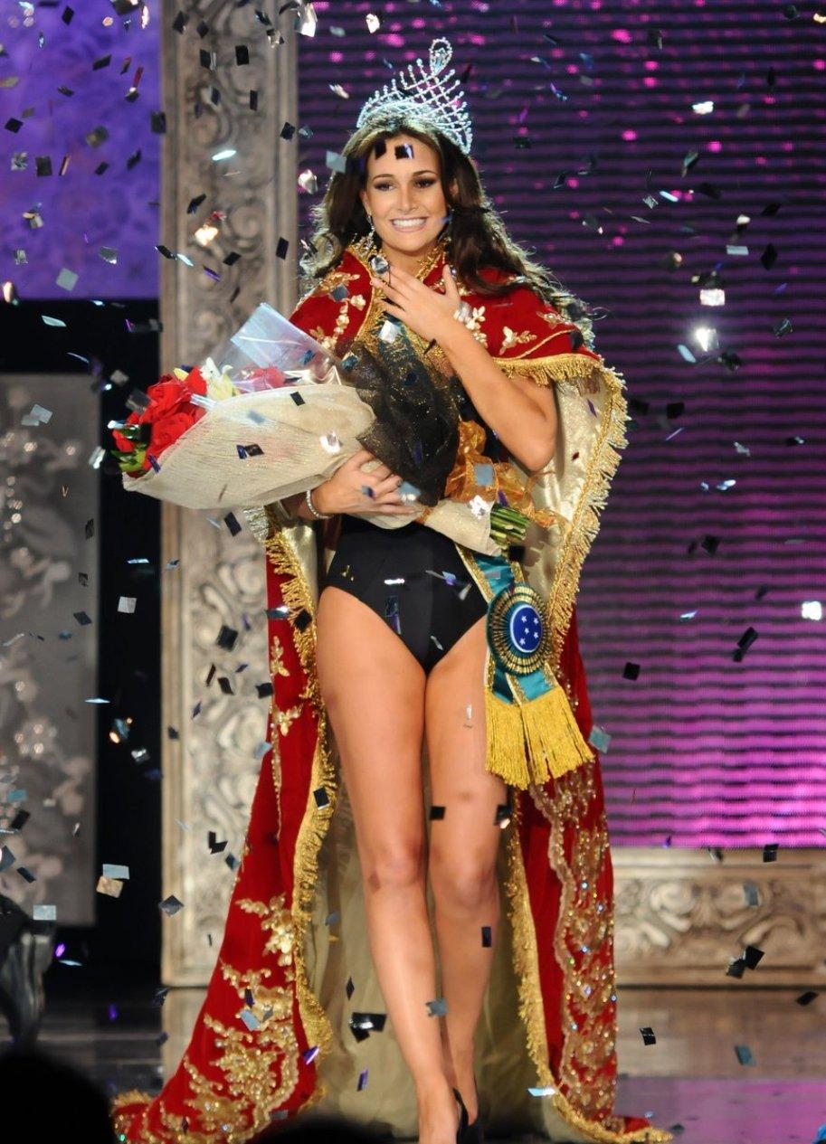 priscila machado, miss brasil 2011. - Página 2 R79sf74j
