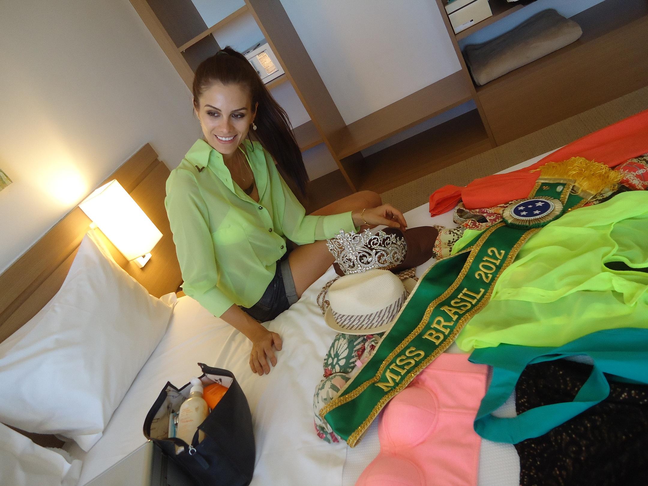 gabriela markus, miss brasil 2012. - Página 6 9u6serrf