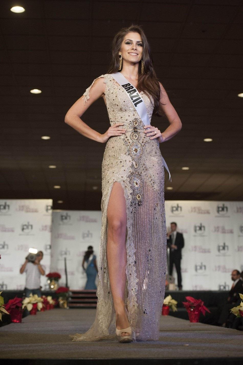 gabriela markus, miss brasil 2012. - Página 2 U3wv47zh