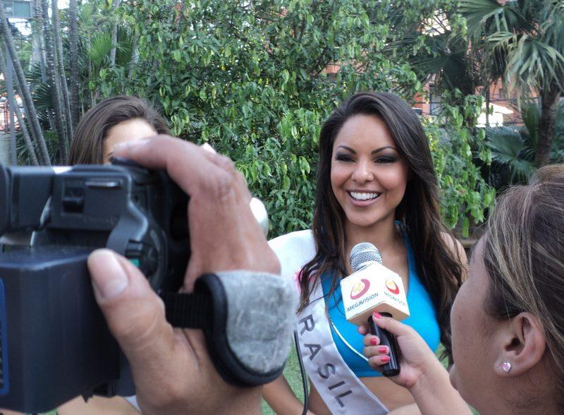 jeanine castro, top 2 de miss tourism queen international 2011. - Página 2 Dh9fjo2m