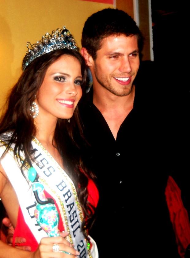 kamilla salgado, miss mundo brasil 2010. - Página 2 Doutz34e