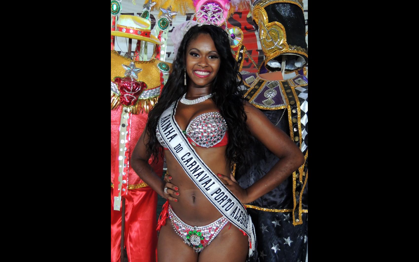 brennda martins, rainha do carnaval de porto alegre 2014. Hv8wqshs