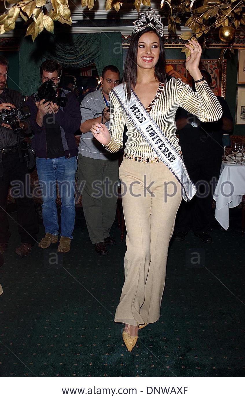 oxana fedorova, miss universe 2002 (renuncio). - Página 2 Ekw7md4t