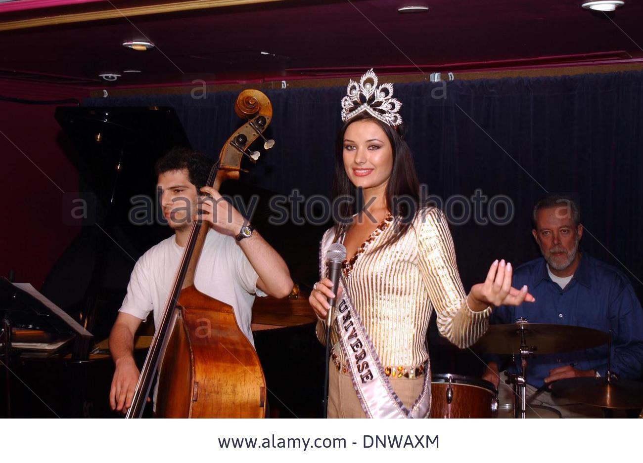 oxana fedorova, miss universe 2002 (renuncio). Qzpayhto