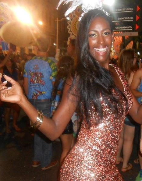 isabelle cristina nunes sampaio, miss brasil rainha internacional do cafe 2011. - Página 2 Js8unp3s