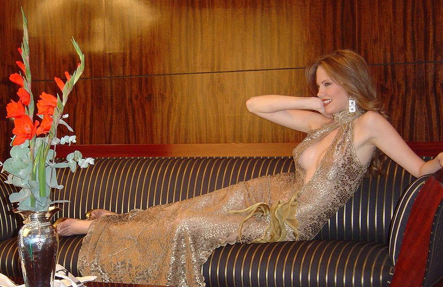 alexandra braun, miss earth 2005. - Página 6 Jdesw4vu