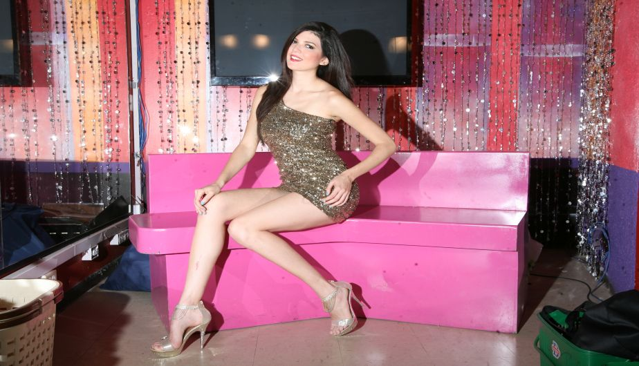 nicole faveron, semifinalista de miss  universe 2012. C7fvhf4w