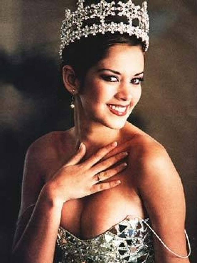 marina mora, miss mundo peru 2002 (top 3 de miss world 2002). 5oef44l6