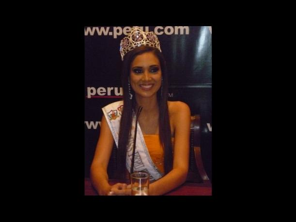 elba fahsbender, miss mundo peru 2013.   - Página 3 Gughpusq