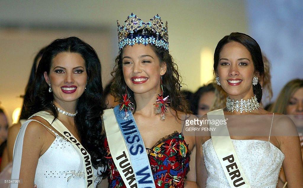 marina mora, miss mundo peru 2002 (top 3 de miss world 2002). - Página 2 Ungjypo5