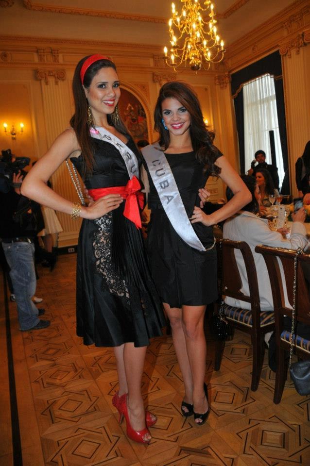elba fahsbender, miss mundo peru 2013.   - Página 6 Xssgmest