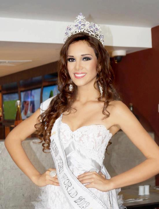 elba fahsbender, miss mundo peru 2013.   - Página 2 Yzcis233