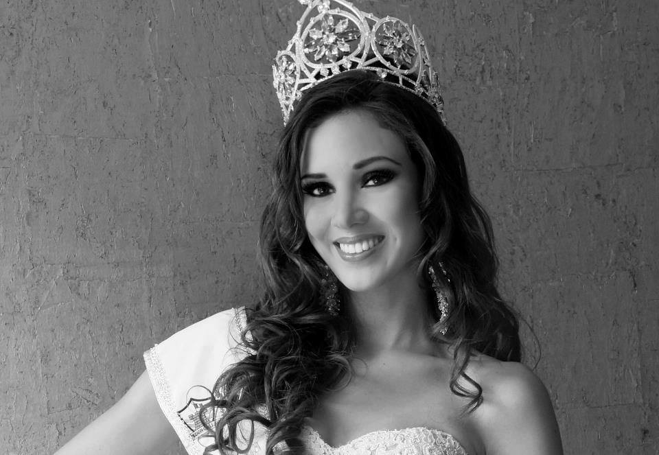 elba fahsbender, miss mundo peru 2013.   - Página 3 Zkemwpbj