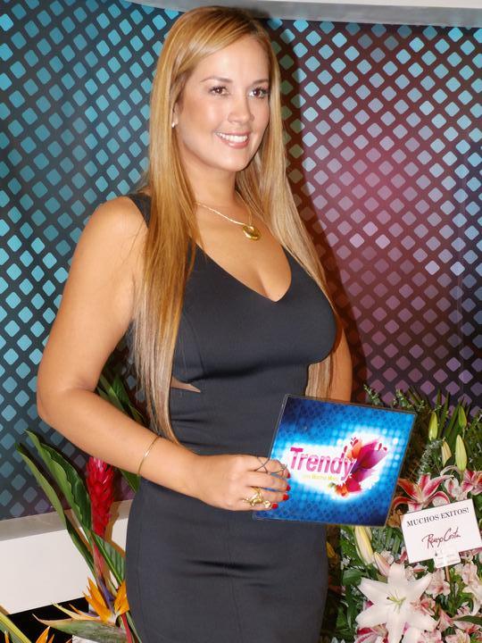 marina mora, miss mundo peru 2002 (top 3 de miss world 2002). - Página 2 Znv8fbqm
