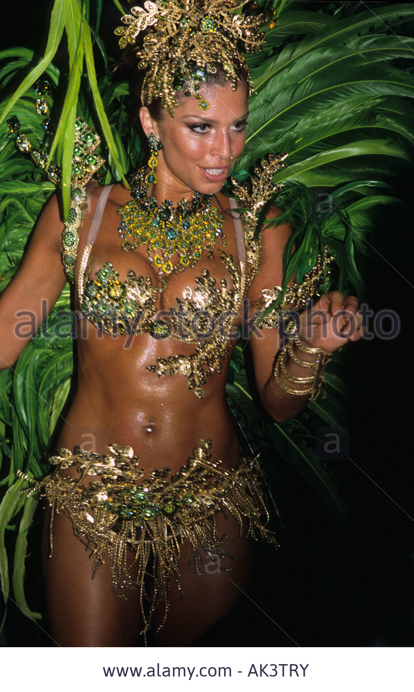 grazielli massafera, miss brasil internacional 2004. - Página 4 E738fsz5