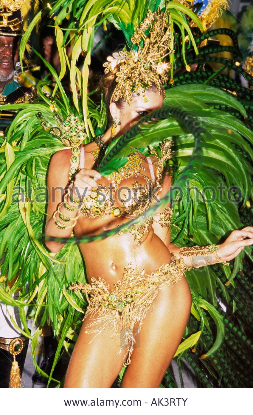 grazielli massafera, miss brasil internacional 2004. - Página 4 Oiwunroo