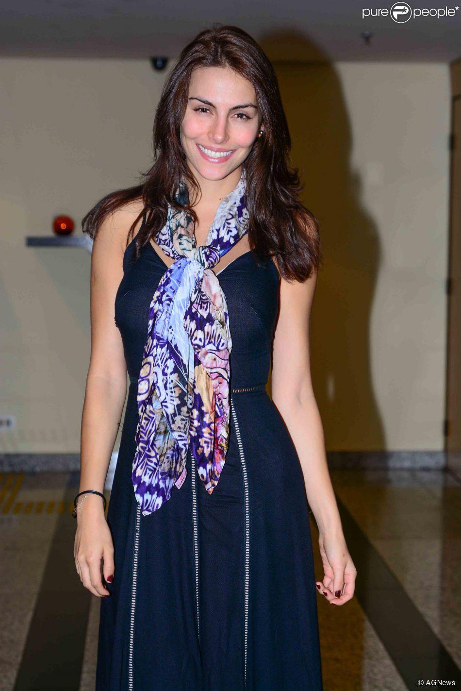 mel fronckowiak, miss bottom 2008, top 2 de miss mundo brasil 2007. - Página 2 Ax956r96