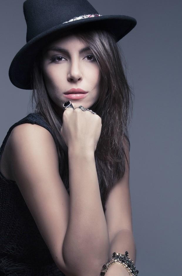 mel fronckowiak, miss bottom 2008, top 2 de miss mundo brasil 2007. C8xlephn