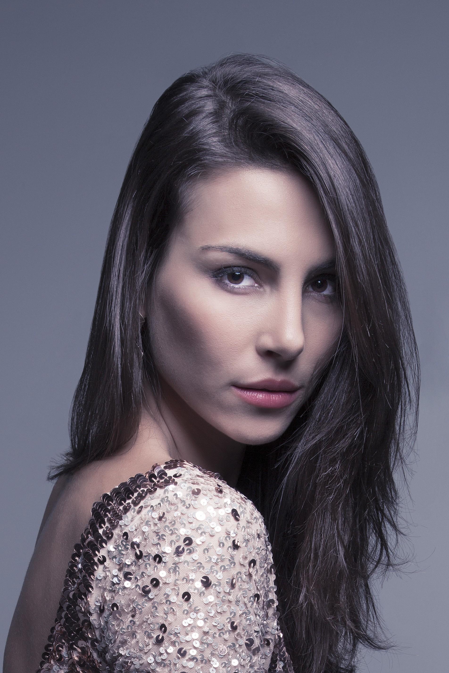 mel fronckowiak, miss bottom 2008, top 2 de miss mundo brasil 2007. - Página 2 W65vrrzw