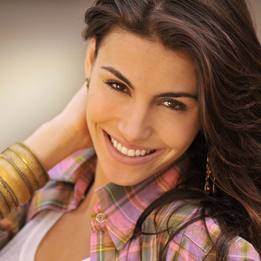 mel fronckowiak, miss bottom 2008, top 2 de miss mundo brasil 2007. - Página 2 Yjnrfcgr