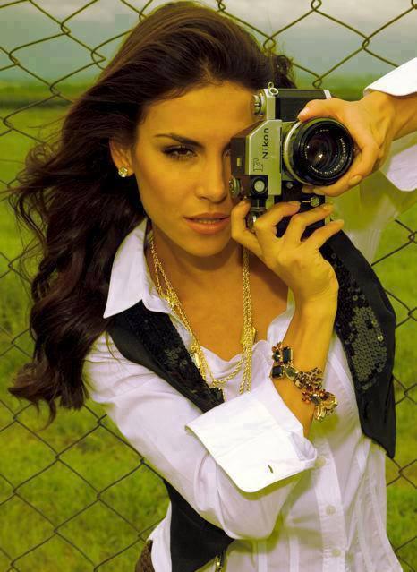 mel fronckowiak, miss bottom 2008, top 2 de miss mundo brasil 2007. - Página 8 Gsip62mx
