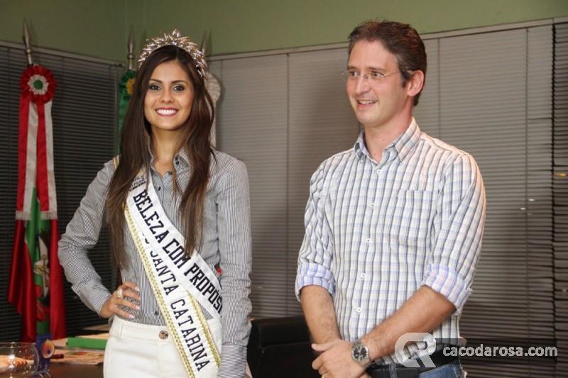 thainara latenik, miss brasil continentes unidos 2013. - Página 4 Bxbm38st