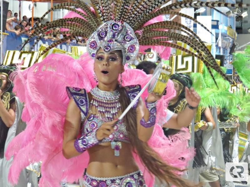 thainara latenik, miss brasil continentes unidos 2013. - Página 2 Ytjl76b3