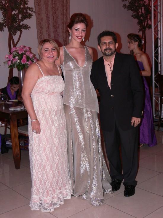 khrisley karlen, miss ceara universo 2009/mundo 2010. - Página 2 Wfd44ryr