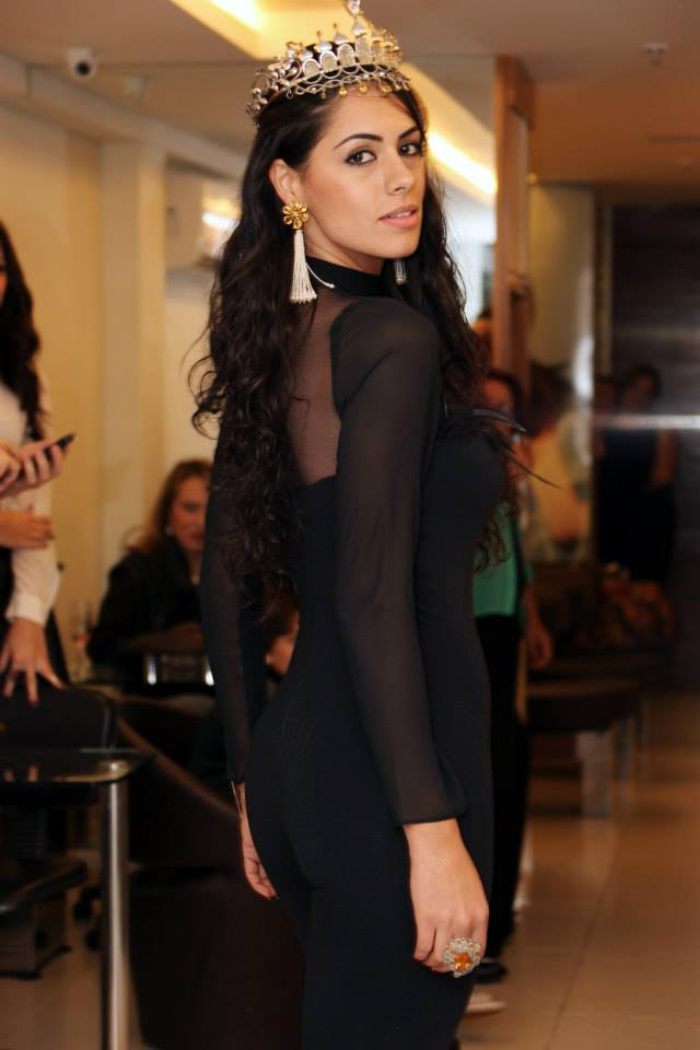 janaina barcelos, miss brasil motors internacional 2010. - Página 2 4duwiibr