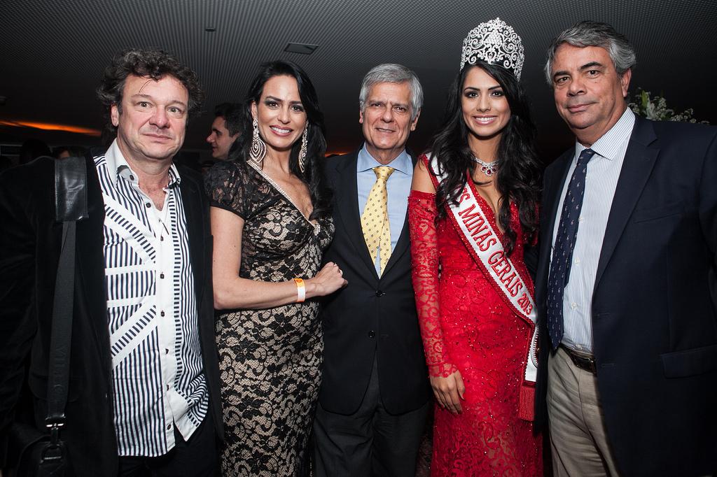 janaina barcelos, miss brasil motors internacional 2010. - Página 4 F7yvvuf8