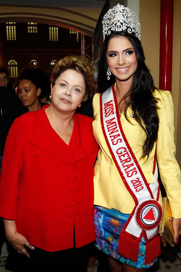 janaina barcelos, miss brasil motors internacional 2010. - Página 4 Uky5pg7n