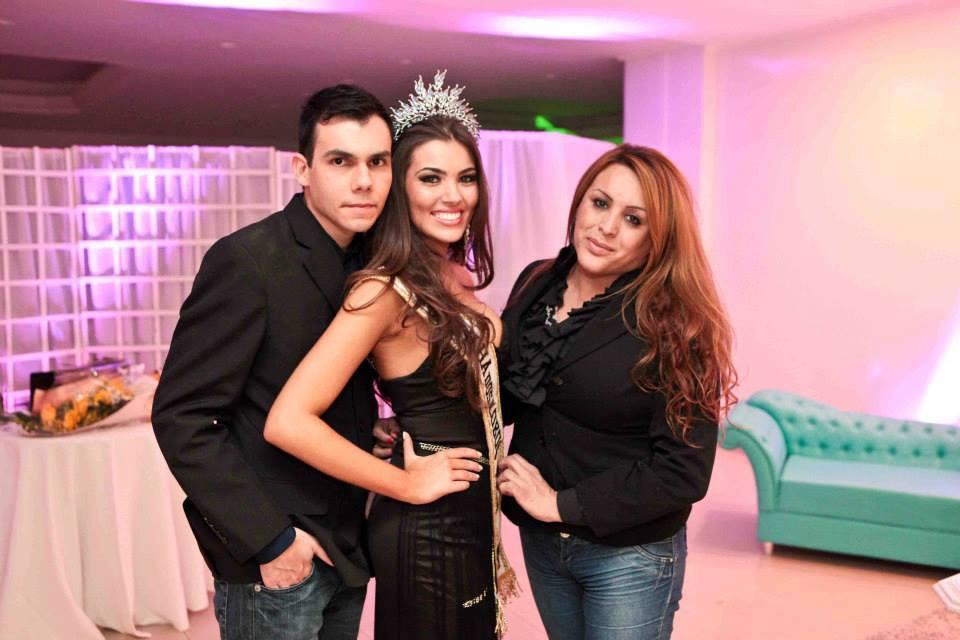 vitoria bisognin, miss brasil rainha internacional do cafe 2015, candidata a miss rio grande do sul universo 2017. - Página 4 Habumeys