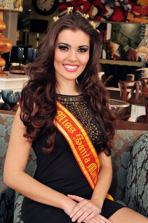 vitoria bisognin, miss brasil rainha internacional do cafe 2015, candidata a miss rio grande do sul universo 2017. J7q7hh86