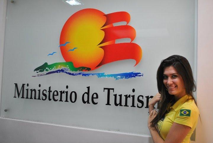bruna jaroceski, miss brasil intercontinental 2010. - Página 4 Sgzwtxrr