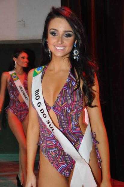 cintia regert, miss brasil latina 2011. - Página 2 K5maille