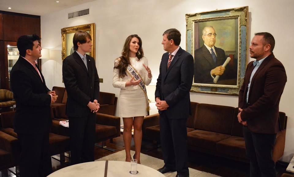 vitoria bisognin, miss brasil rainha internacional do cafe 2015, candidata a miss rio grande do sul universo 2017. - Página 34 Dfjb3bvz