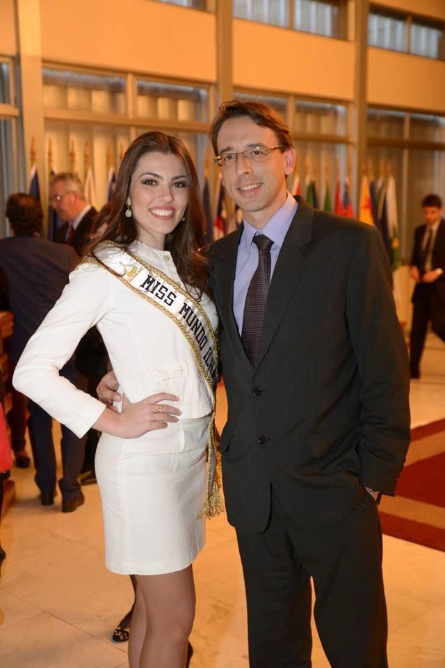 vitoria bisognin, miss brasil rainha internacional do cafe 2015, candidata a miss rio grande do sul universo 2017. - Página 34 Iuc55met