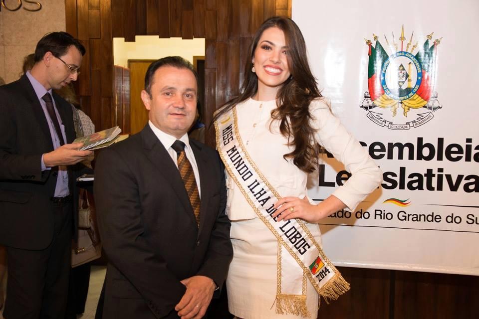 vitoria bisognin, miss brasil rainha internacional do cafe 2015, candidata a miss rio grande do sul universo 2017. - Página 34 Nt4jl2ms