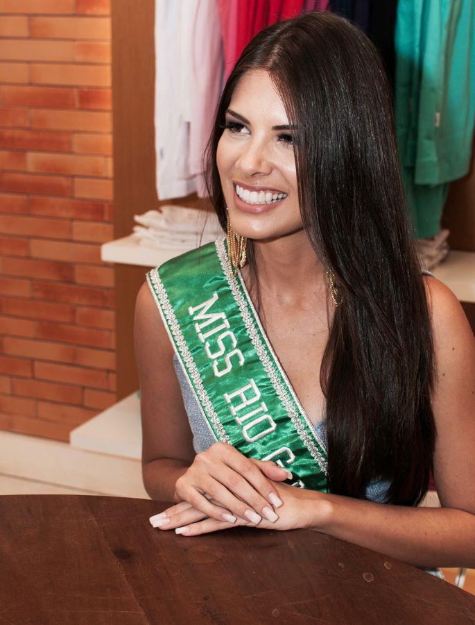 cristina alves, miss brasil internacional 2013. Qiuammp7