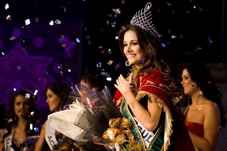 priscila machado, miss brasil 2011. - Página 5 D57huibp