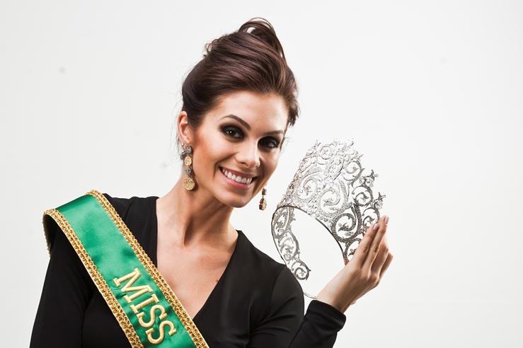 gabriela markus, miss brasil 2012. - Página 6 Pkxwkl74