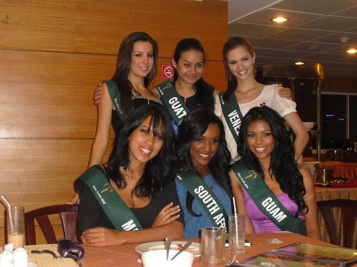 mariangela bonanni, top 7 de miss earth 2010. - Página 7 5gw88dsx