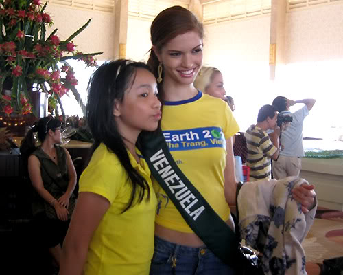mariangela bonanni, top 7 de miss earth 2010. - Página 4 8gq6gwhn