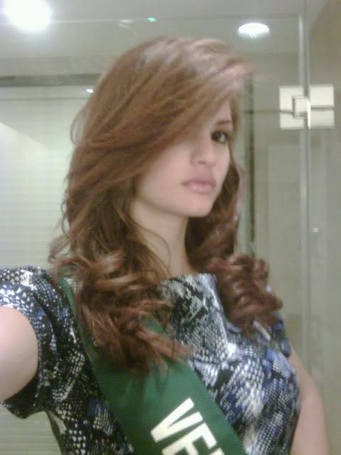 mariangela bonanni, top 7 de miss earth 2010. - Página 7 9mwln6m8