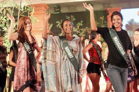 mariangela bonanni, top 7 de miss earth 2010. - Página 6 G3q53lr7